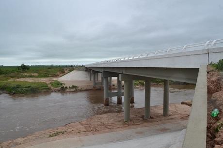 Resultado de imagen para Belgrano Cargas puente sobre el Río Carcarañá